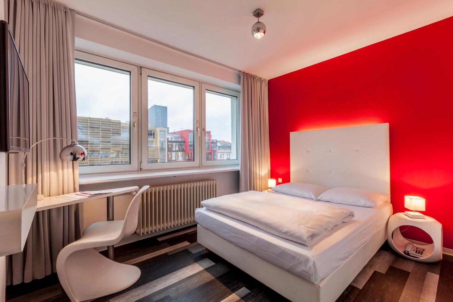 Hotel Mit Tiefgarage Auf St Pauli Reeperbahn